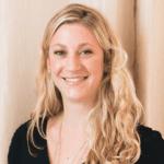 Phoebe Mroczek Headshot